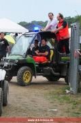 Der Gator mit Notarzt auf dem Weg zum nächsten Notfall