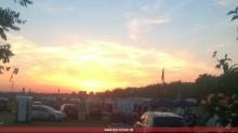 Sonnenuntergang über dem Lager