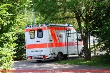 Der RTW an der Rettungsmittelausfahrt
